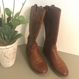 Old Navy girls brown riding boots size 3